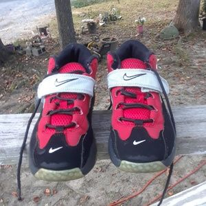 Nike Shoes Boy's Size 1.5y