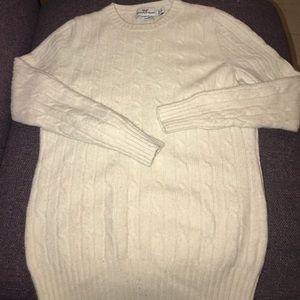 Vineyard Vine cashmere Sweater