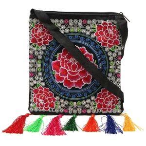 Handbags - New✨ Embroidered Tassel Crossbody Purse 😍