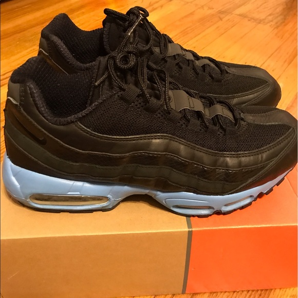 Nike Other - Men's Nike Air Max 95 Black/Blk/Blk w/ Blue Sz 11