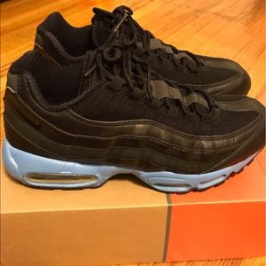 Men's Nike Air Max 95 Black/Blk/Blk w/ Blue Sz 11