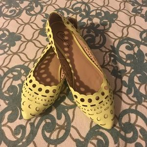 Shoes - Size 9.5 yellow flats