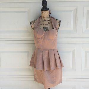 Dresses & Skirts - Beautiful dress timeless