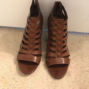 Shoes - Brown cute sandal type booties!