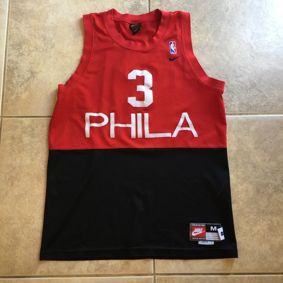 Allen Iverson Philadelphia 76ers Nike Jersey. M 5995a6dafbf6f935cd028147 f8b2a187f