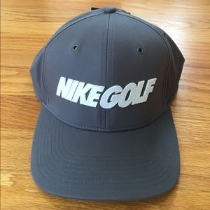 NWT Men's Nike Golf Hat