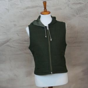 Jane Norman green wool/nylon quilted hooded vest M