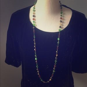 Jewelry - Green and copper beaded necklace