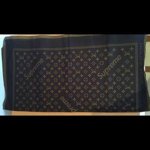Other - Louis Vuitton x Supreme Bandanna TEXT