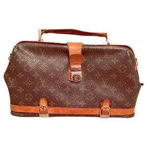 94f432406de Louis Vuitton Doctors bag