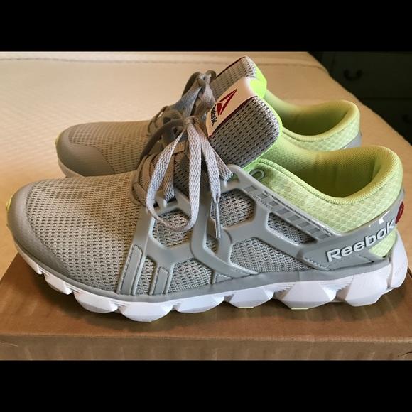 Reebok Women s Running Shoes sz. 8.5 b1c85f0b4
