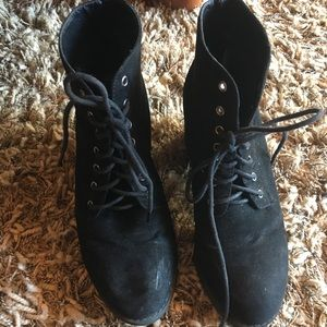 TOPSHOP Black Lace-Up Booties   size 9