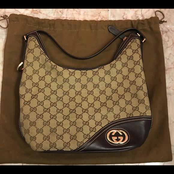efcaa56b300 Gucci Handbags - Authentic Gucci Monogram New Britt Medium Hobo Bag