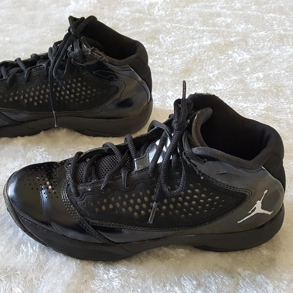 NIKE AIR JORDAN D'REIGN DWAYNE WADE Youth 5.5