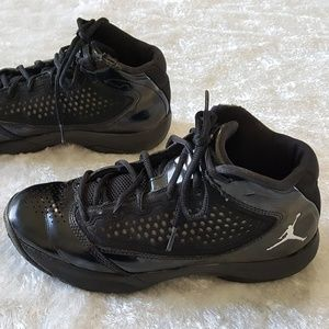 c7da0ff5db6f Nike Shoes - NIKE AIR JORDAN D REIGN DWAYNE WADE Youth 5.5