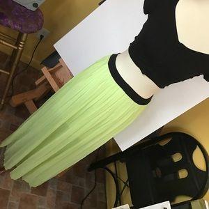 Dresses & Skirts - Green Pleated Maxi Skirt
