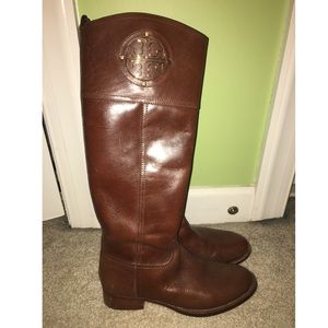 4a65573fdea ... Tory Burch brown riding boots  gently used  Converse Sneakers Steve  Madden ...