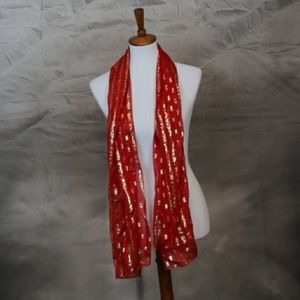 Accessories - Red and gold fashion scarf 🌼