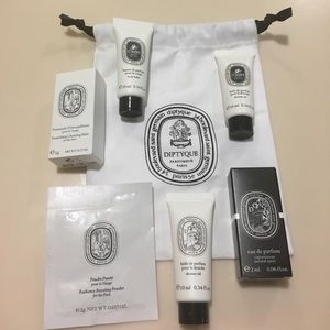 Diptyque samples and pouch