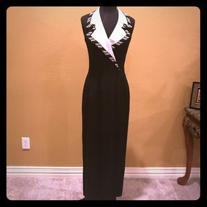 Dresses & Skirts - Gorgeous size 8 formal gown