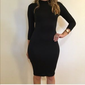 Dresses & Skirts - •LAST ONE• 3/4 Sleeves High Neck Midi Dress