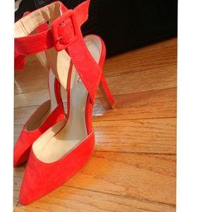 """Shoes - Never worn Ravishing Red 3"""" pump!"""