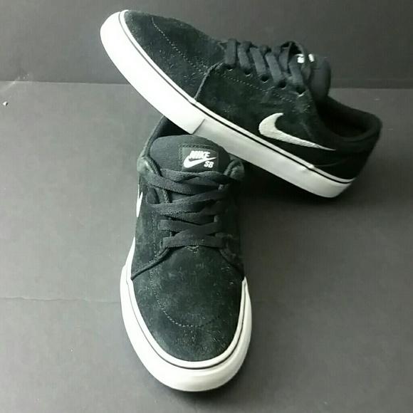 Precursor Muy lejos Floración  Nike Shoes   Nike Satire Sb Mens Shoes   Poshmark