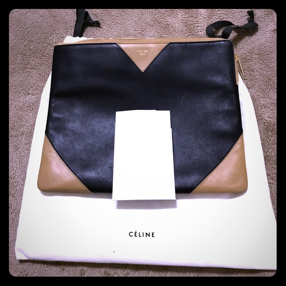d6891ed2f91e CELINE envelope leather clutch