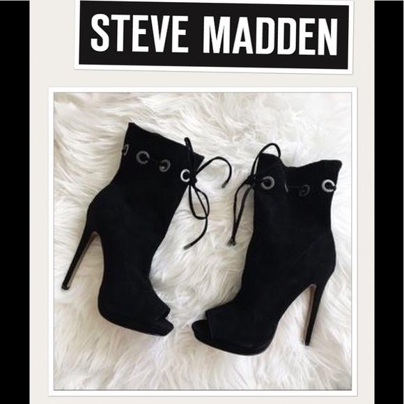 8be4829d08e NEW Steve Madden