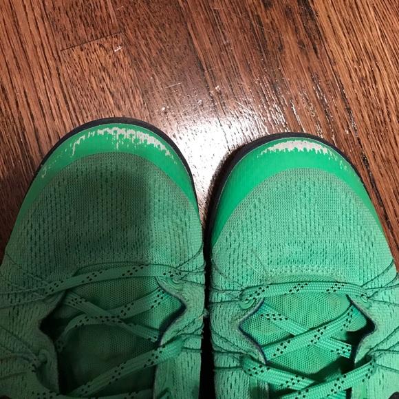 "Nike Shoes - Nike ""super hero"" edition kobe's"