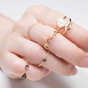 Jewelry - Midi boho ring set