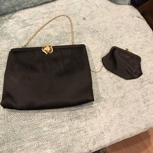 Handbags - Beautiful vintage bag