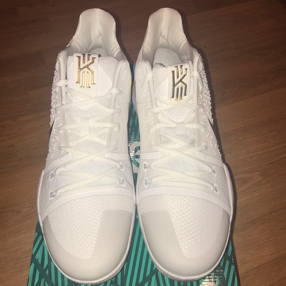 separation shoes bc5b2 a8aaf Kyrie Irving 3 finals Brand New size 14