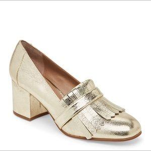Steve Madden 'Kate' Gold Kiltie Loafer Pump NWOB 6