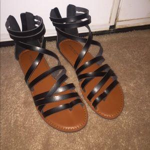 Black American Eagle Gladiator Sandals