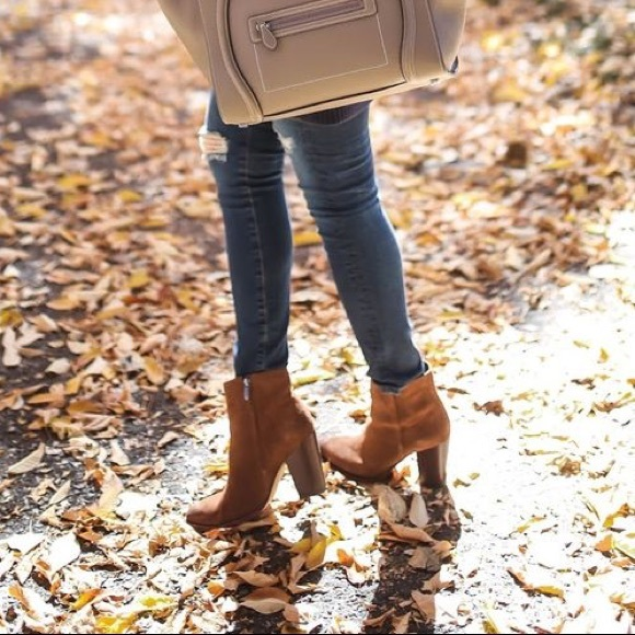 836a60245 New Sam Edelman  Blake  Suede Ankle Boot. M 59976f0bf09282fb690391f8