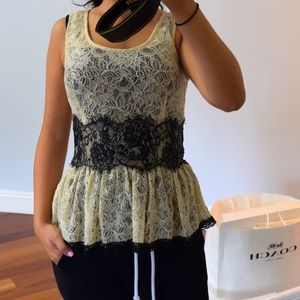 Tops - Gorgeous Lace Top