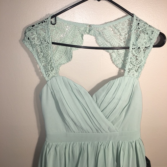 70ce91a0055 Lulu s Novela Sage Green Lace Maxi Dress (M23651)