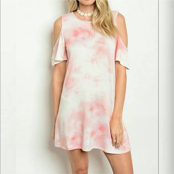 Dresses & Skirts - 💜Pink and white dress💖Cut out shoulder💖