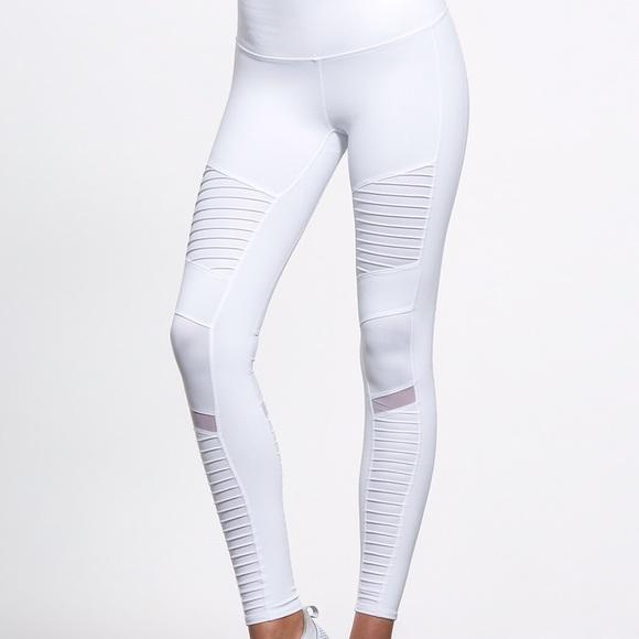 Alo Yoga High Waisted Moto Legging White - size M 163955df89ef