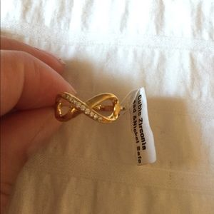 Jewelry - NWT infinity ring with cubic zirconia