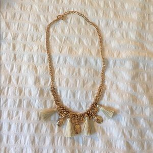 Jewelry - NWOT Gold pineapple 🍍 cream tassel necklace