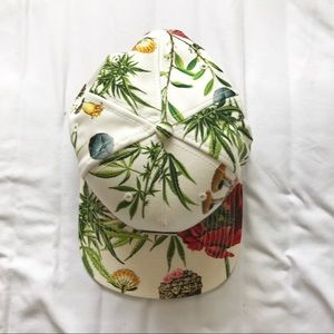 Accessories - Never been worn: Tropical Floral Flat Brim Cap