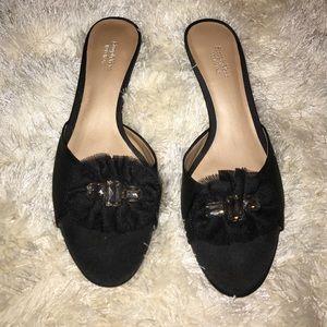 SimplyVera Vera Wang black open toe heels