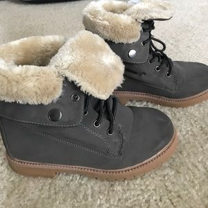 Other - Grey Suede & Shearling Boots Size 3