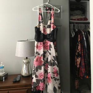 Donna Ricco Halter Dress