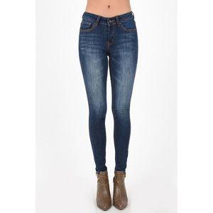 Super Skinny Dark Wash Jeans Fading & Whiskering