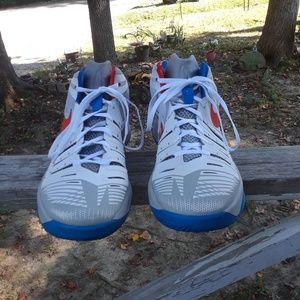 Nike Zoom men's Shoe's size 10.5