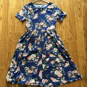 NEW Blue Floral Dress with Short Sleeves