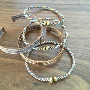 Jewelry - Collection of 5 bracelets